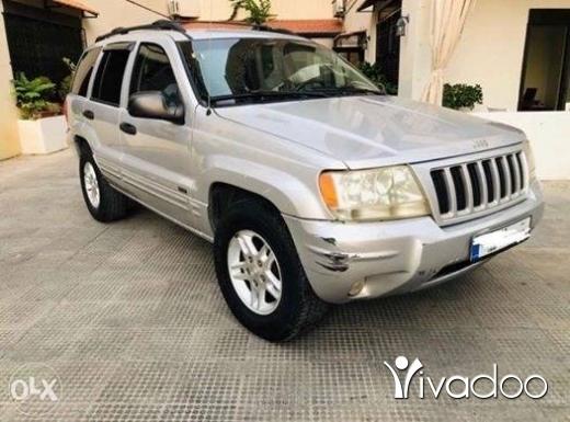 Jeep in Jal el-Dib - 2004 Grand Cherokee Laredo Special Edition 4x4 I6 4.0L