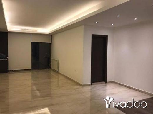 Appartements dans Hazmieh - للبيع شقة فخمة جدا ٤٠٠ م + تراس ١٠٠ م في الحازمية فخمة جدا و كاشفة لا تحجب أبدا تل 81894144