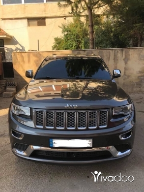 Jeep in Port of Beirut - GRAND CHEROKEE SUMMIT 2014
