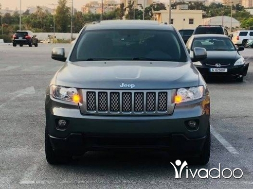 Jeep in Jbeil - cherokee 2012 black edition full options like new for inf: 71010821
