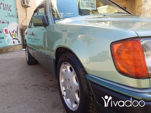 Mercedes-Benz in Tripoli - مرسيدس ٢٠٠