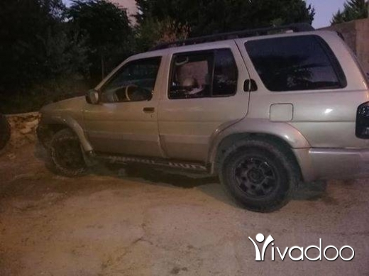 Infiniti in Beirut City - Jeep infiniti Qx4 2001 تبديل ع او مقايضة 78934933