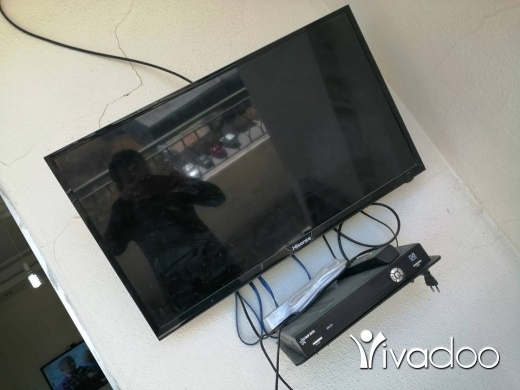 Other TV, DVD & Video in Tripoli - تلفزيون للبيع مع رسفر 100 دولار