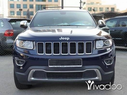 Jeep in Beirut City - 2014 Laredo V6 4x4 / clean carfax / 93000 miles
