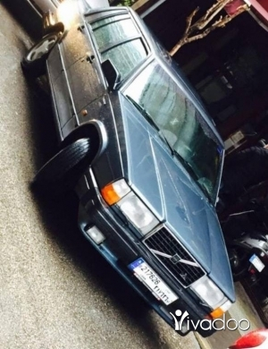 Volvo in Ain el-Remmaneh - Volvo 740 GLT