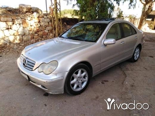 Mercedes-Benz in Sarafande - ٢٤٠ انقاض mercedes