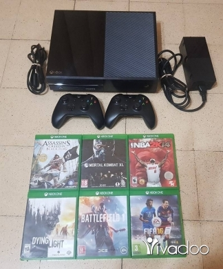 Xbox One in Chiyah - xbox one 2controller 6cds