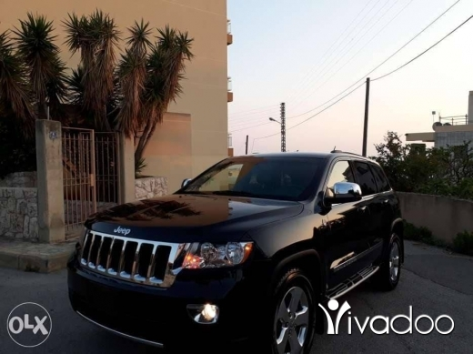 Jeep in Beirut City - 2011 grand cherokee laredo 4wd ajnabe 3.6