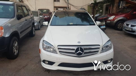 Mercedes-Benz in Beirut City - mercedes 2010 c300 ktir ndife full options