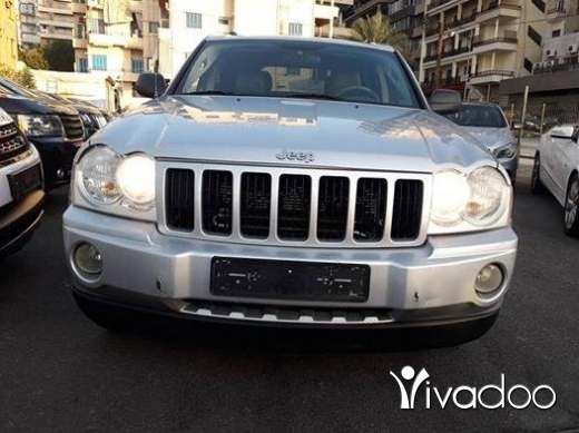 Jeep in Beirut City - jeep Grand cherokee 2005