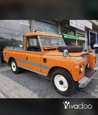 Land Rover in Beirut City - land rover