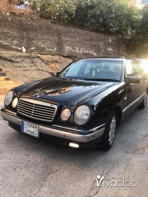 Mercedes-Benz in Beirut City - Mercedes e320 model 2000 very clean seyart beyt faresh jeled fatha new car good price 71/561000