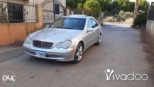 Mercedes-Benz in Dahr el-Ain - c230 2004 marecedes