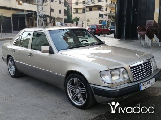 Mercedes-Benz in Tripoli - Tbdil 3al laf mezut