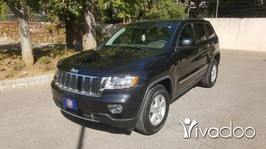 Jeep in Chtaura - 2011 Jeep Grand Cherokee Laredo 4x4 Black