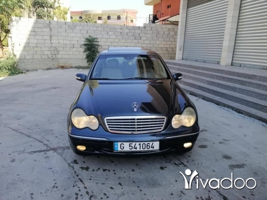 Mercedes-Benz in Nabatyeh - C200 Compraser 2001 for sell
