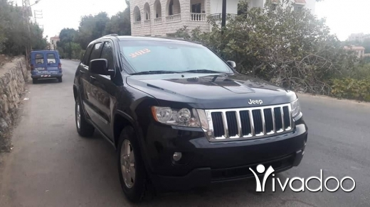 Jeep in Beirut City - Grand Cherokee Laredo 2012 4X4 in excellent condition