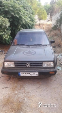 Volkswagen in Port of Beirut - سيارة غولف جيتا