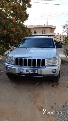 Jeep in Beirut City - jeep cherokee 2005