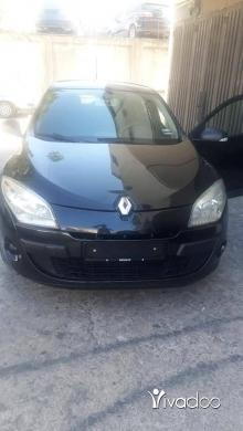 Renault in Menyeh - سيارة