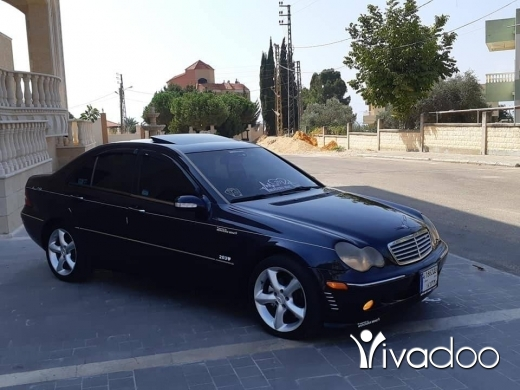 Mercedes-Benz in Saida - Marcedes Benz C240 Model 2003.cleen Carfax