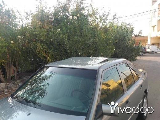 Mercedes-Benz in Zgharta - For sale e 260 87 seri 90