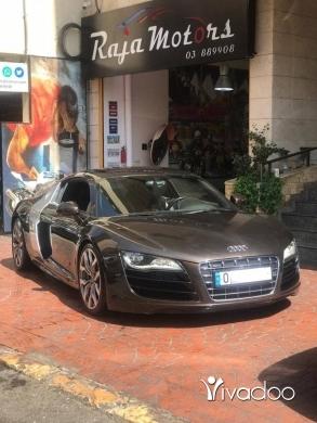 Audi in Beirut City - Audi R8 Quattro 2011 V10