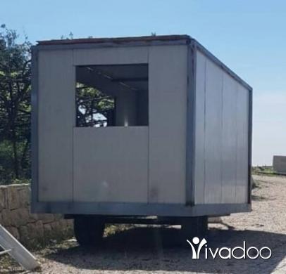 Vans, Trucks & Plant in Rabweh - Trailer عربة مقطورة