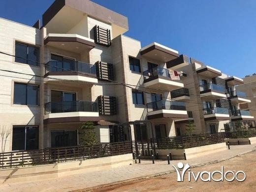 Apartments in Beirut City - شقة جديدة ارضية مع حديقة للبيع: راسمسقا خلف ملك الطاووق