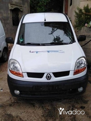 Renault in Minieh - ربيد ٢٠٠٥ سوبر نضيفي سعر قابل للتفاوض