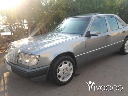 Mercedes-Benz in Zgharta - For sale e 260 87