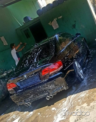 BMW in Port of Beirut - 335 . E 92. 2 terbo. Lok m3