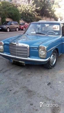 Mercedes-Benz in Broumana - Mercedes 200 1971