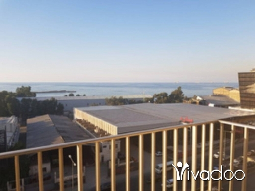 Office Space in Zalka -  A 200 m2 decorated office for sale in Zalka
