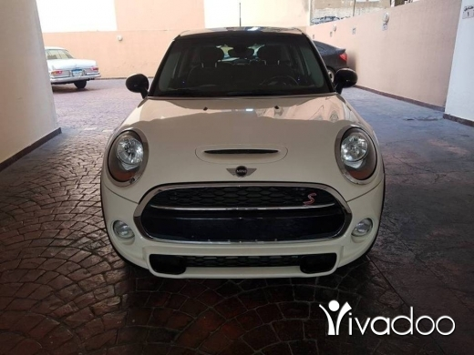 Mini in Mkalles - Mini cooper S 2016 luxury package ajnabieh super clean