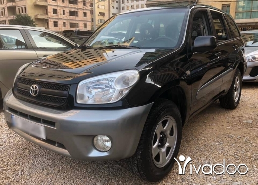 Toyota in Tripoli - Totota rav4 Model 2005 — 4x4