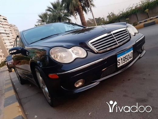 Mercedes-Benz in Tripoli - 70519718