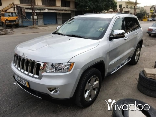 Jeep in Tripoli - Grand Cherokee laredo 2011