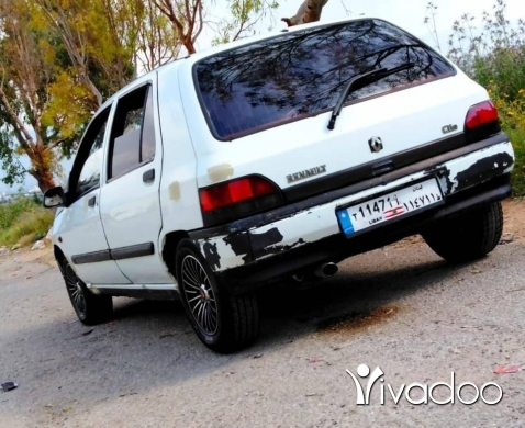 Renault in Tripoli - Renault Clio 1995