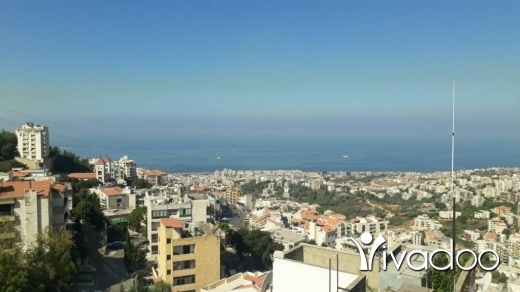 Apartments in Mtaileb - Spacious Apartment in Mtayleb for Sale with a Terrace & Splendid View - L05578