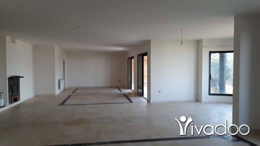 Apartments in Ain Saadeh - Spacious & Deluxe Apartment for Rent in A Classy Area of Ain Saade - L05492