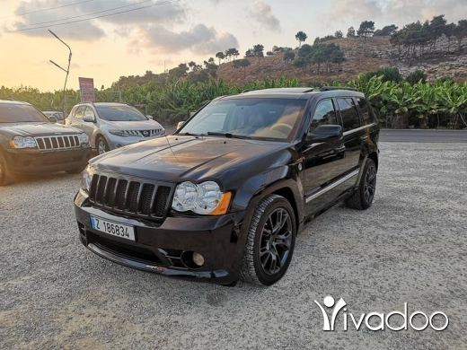 Jeep in Sour - Grand cherokee hemi look srt8