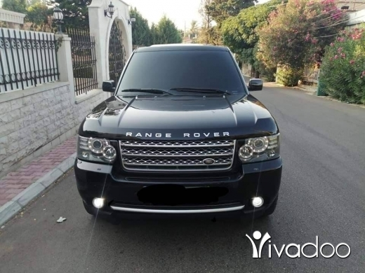 Rover in Zgharta - Range rover hse V8 mod 2004 look 2010 luxury phone 76 50 54 52