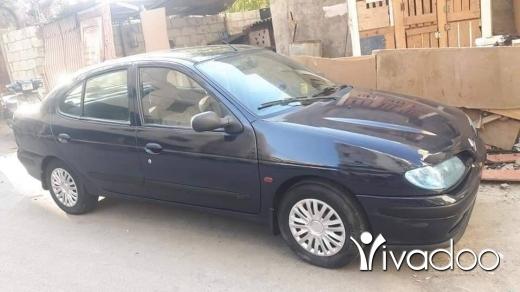 Renault in Hadeth el-Joubbeh - رينو مغان