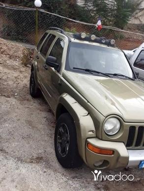 Jeep in Choueifat - للبيع جيب ليبرتي مفول موديل 2003 اجنبي