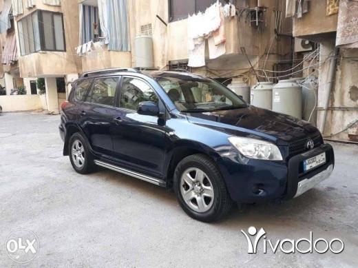 Toyota in Dekouaneh - Toyota Rav 4 nb: 03641794