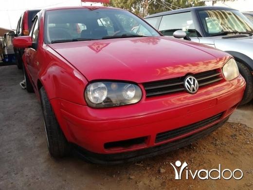 Volkswagen in Khalde - Golf 4