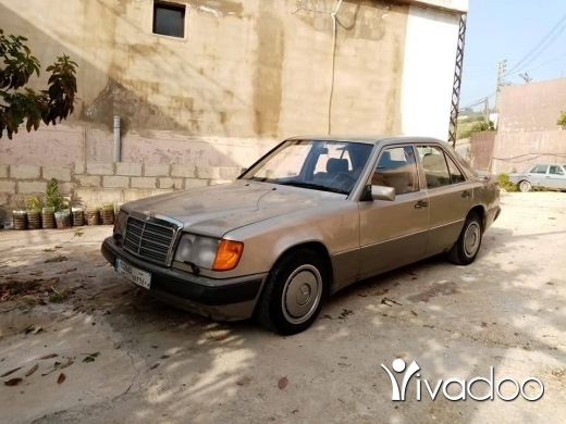 Mercedes-Benz in Ghaziyeh - mercedes benz 300e 1991