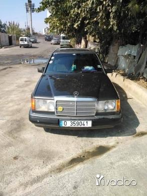 Mercedes-Benz in Akkar el-Atika - سيارة موديل 90 230 صندوق300مازوت 6حديس ضهر جمل فتحه صقف مسجلي
