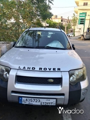 Rover in Beirut City - لاند روفر موديل ٢٠٠٥ اوتوماتيك ٨١٦٧٠٧١٢☎️